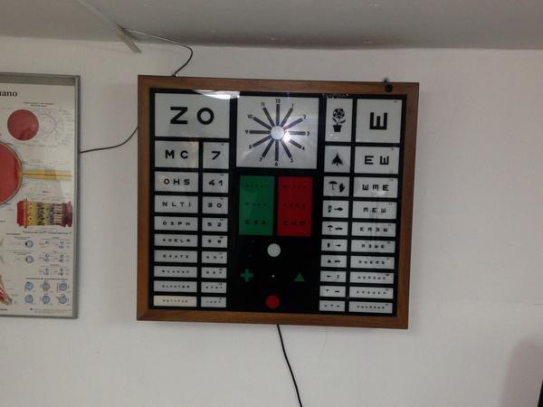 Immagine n. 26 - 2#3700 Oftalmometro e attrezzature per centro ottico