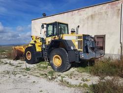 Pala gommata Komatsu e escavatore cingolato Fiat Hitachi - Subasta 3707