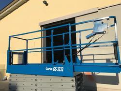 Piattaforma verticale a pantografo elettrica Genie GS 3232 - Lotto 1 (Asta 3708)