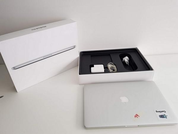 19#3717 Macbook Pro