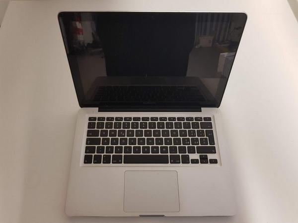 20#3717 Macbook Pro
