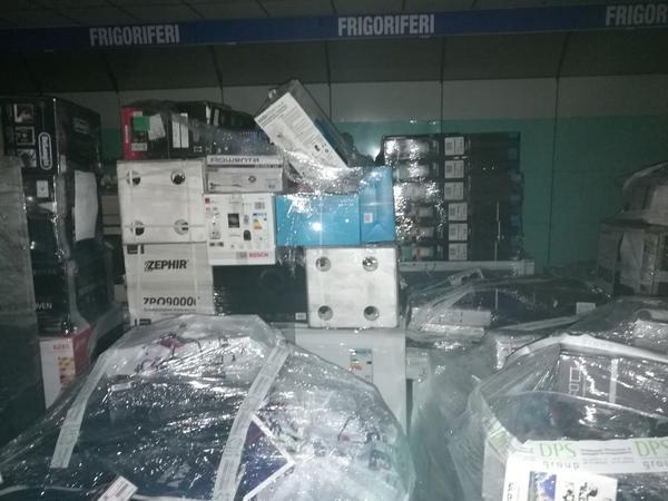 Immagine n. 18 - 1#3722 Dispositivi elettronici Samsung Electrolux della FRC Group Srl