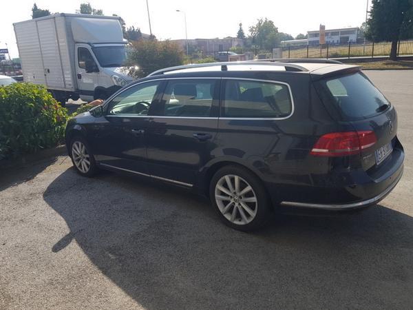 3#3742 Automobile Volkswagen Passat