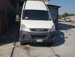 Iveco 35 E4 truck - Lot 6 (Auction 3742)