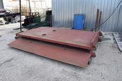 Tilting test platform - Lot 32 (Auction 3756)