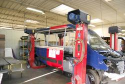 Lift for vehicles - Lot 47 (Auction 3756)