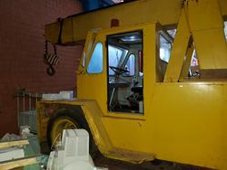 Mobile crane - Lot 9 (Auction 3765)