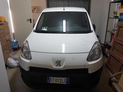 Peugeot Partner Van - Lot 6 (Auction 3769)
