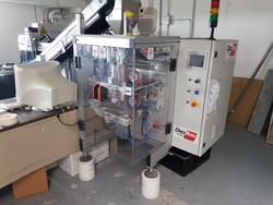 Marcatrice laser Elettronica Valseriana e confezionatrice verticale Digibag - Lotto 3 (Asta 3771)