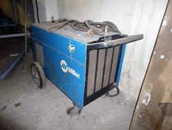 Miller welding machine  - Lot 6 (Auction 3774)