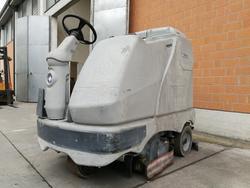 Nilfisk BR 1100S C Industrial Floor Scrubber - Lot 3 (Auction 3778)