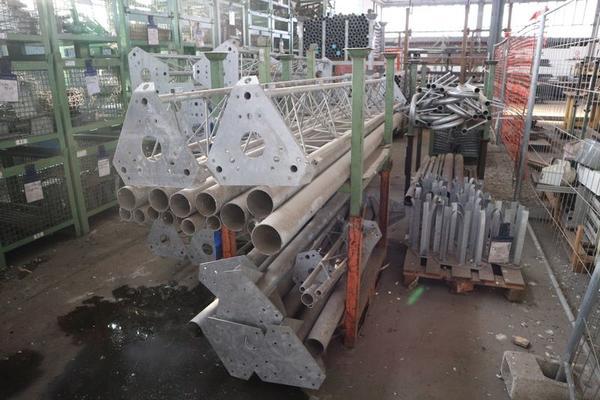 Immagine n. 8 - 1#3793 Trapano radiale HCP e prodotti finiti per pali antenne