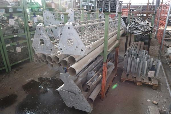 Immagine n. 11 - 1#3793 Trapano radiale HCP e prodotti finiti per pali antenne