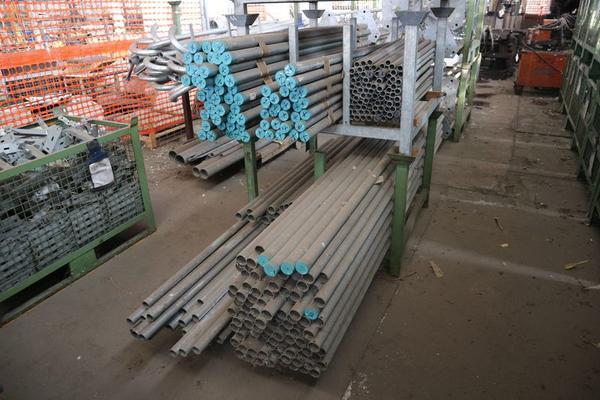 Immagine n. 15 - 1#3793 Trapano radiale HCP e prodotti finiti per pali antenne