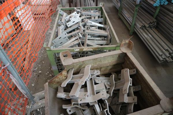 Immagine n. 27 - 1#3793 Trapano radiale HCP e prodotti finiti per pali antenne