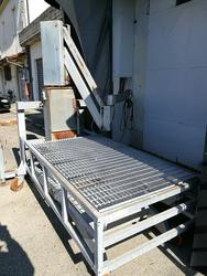 Machine for loading   unloading meats and half carcasses - Lot 9 (Auction 3818)