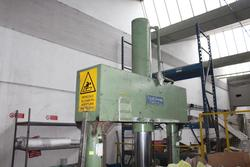 Gualchierani hydraulic ground press - Lot 9 (Auction 3821)
