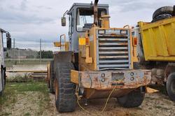 Furukawa wheel loader - Lot 41 (Auction 3834)