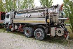 Fiat Iveco truck - Lot 321 (Auction 3842)
