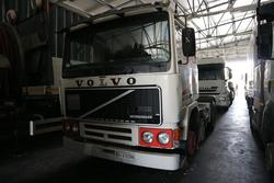 Volvo tractor for trailer - Lot 337 (Auction 3842)