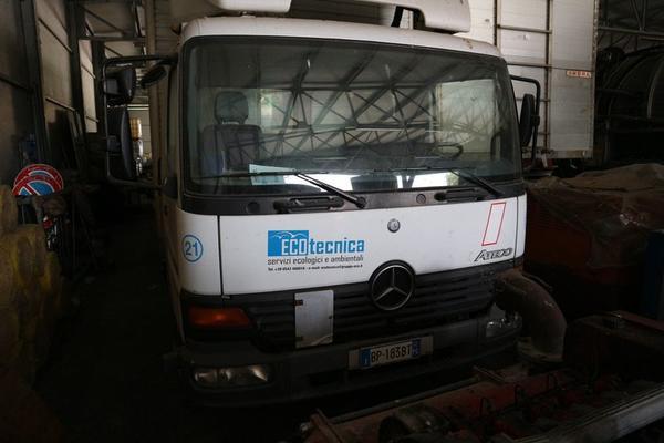 340#3842 Autocarro Daimlerchrysler