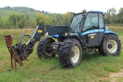 New Holland telescopic loader - Lote 347 (Subasta 3842)