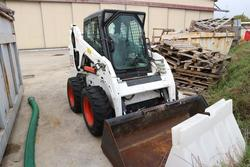 Bobcat loader - Lot 348 (Auction 3842)