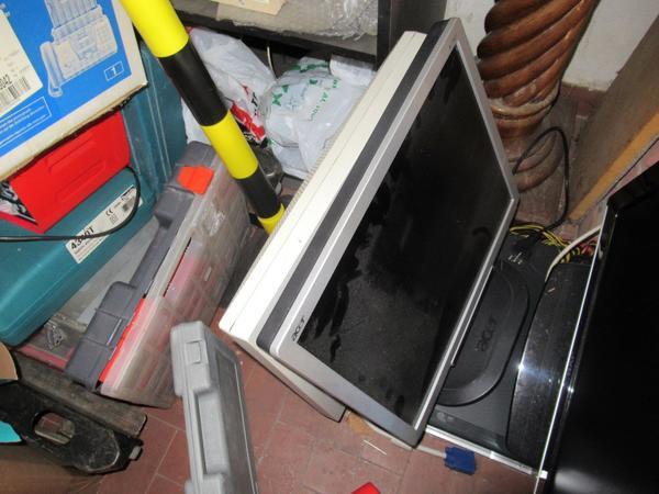 Immagine n. 9 - 2#3845 Arredi e attrezzature elettroniche da ufficio