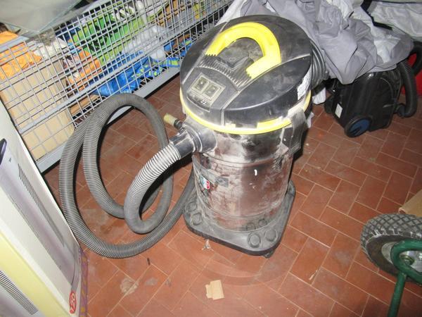 Immagine n. 16 - 2#3845 Arredi e attrezzature elettroniche da ufficio