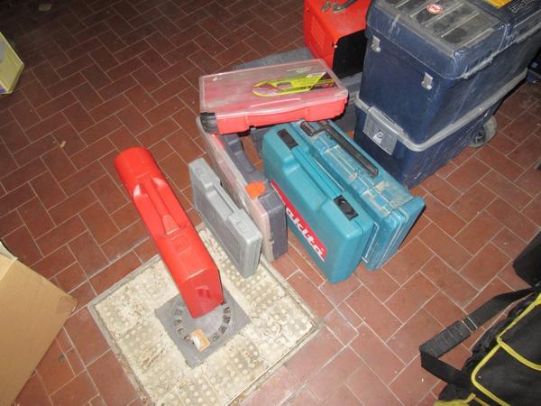 Immagine n. 17 - 2#3845 Arredi e attrezzature elettroniche da ufficio