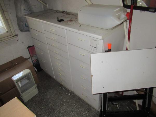 Immagine n. 26 - 2#3845 Arredi e attrezzature elettroniche da ufficio