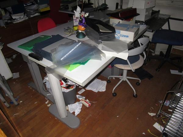 Immagine n. 28 - 2#3845 Arredi e attrezzature elettroniche da ufficio