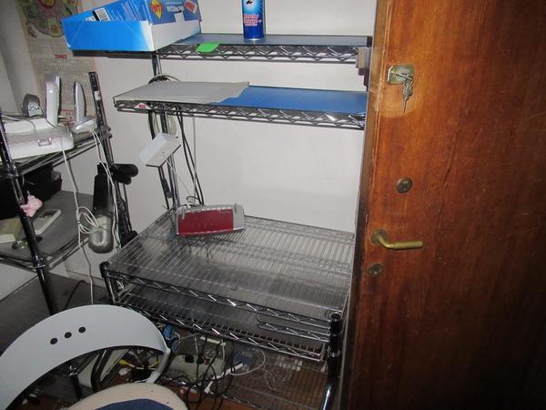 Immagine n. 32 - 2#3845 Arredi e attrezzature elettroniche da ufficio