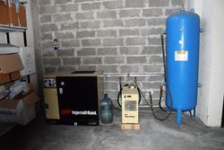 Ingersoll Rand compressor - Lot 10 (Auction 3856)