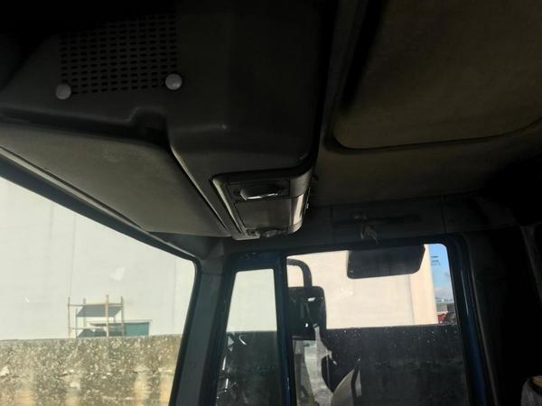 Immagine n. 29 - 1#3868 Autocarro Iveco e automobile Toyota Aygo