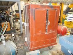 Drying oven - Lot 38 (Auction 3871)