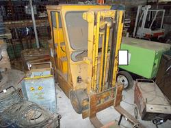 Carrello elevatore Magneti Marelli - Lotto 95 (Asta 3871)