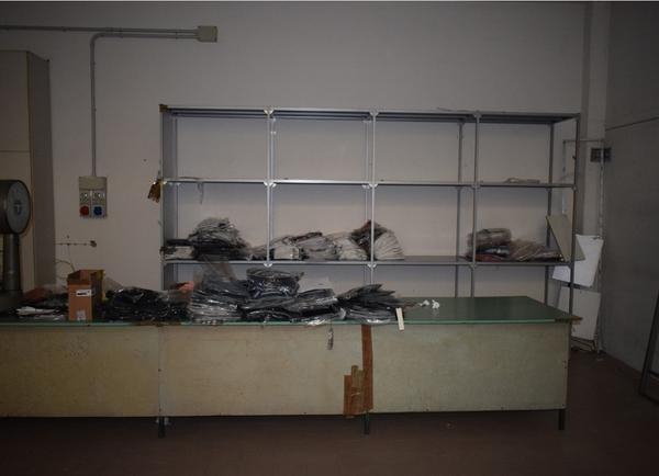Immagine n. 2 - 1#3884 Abbigliamento e macchine da cucire Rimoldi