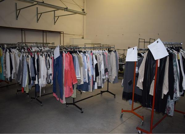 Immagine n. 15 - 1#3884 Abbigliamento e macchine da cucire Rimoldi