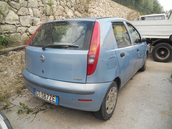 14#3897 Fiat Punto