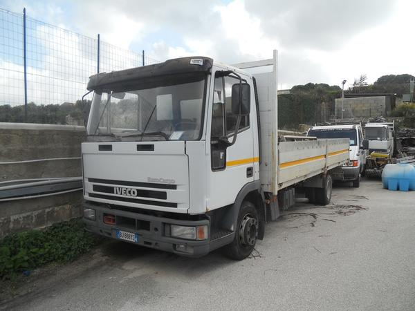 19#3897 Autocarro Iveco Eurocargo