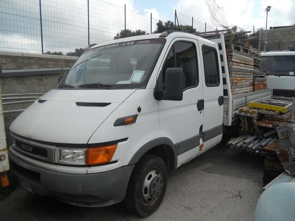 20#3897 Autocarro Iveco Daily