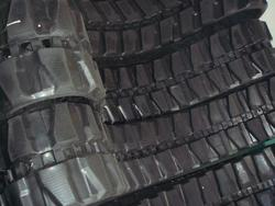 Traxter Rubber Track size 400X72 5X72Ik - Lot 12 (Auction 3909)