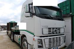 Trattore stradale Volvo Truck e semirimorchi - Lotto 31 (Asta 3918)