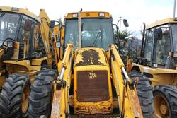 JCB 3CX backhoe loader excavator - Lot 40 (Auction 3918)