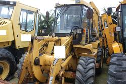 Venieri backhoe - Lot 41 (Auction 3918)