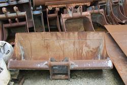 Bucket and excavator hammers - Lote 49 (Subasta 3918)