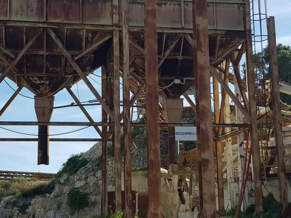 Immagine n. 39 - 1#3950 Cessione di azienda dedita all'estrazione di pietra calcarea