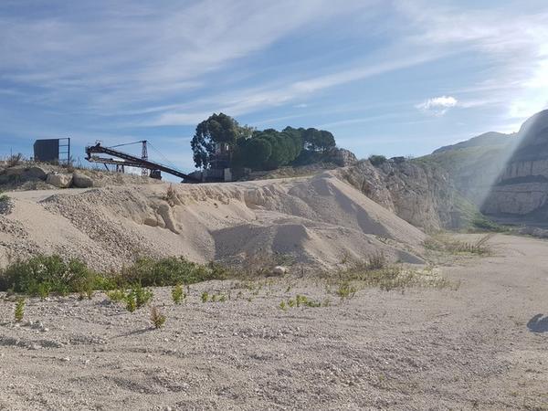 Immagine n. 54 - 1#3950 Cessione di azienda dedita all'estrazione di pietra calcarea