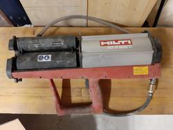 Pistola pneumatica per resina Hilti Hit P 800 D - Lotto 46 (Asta 3952)